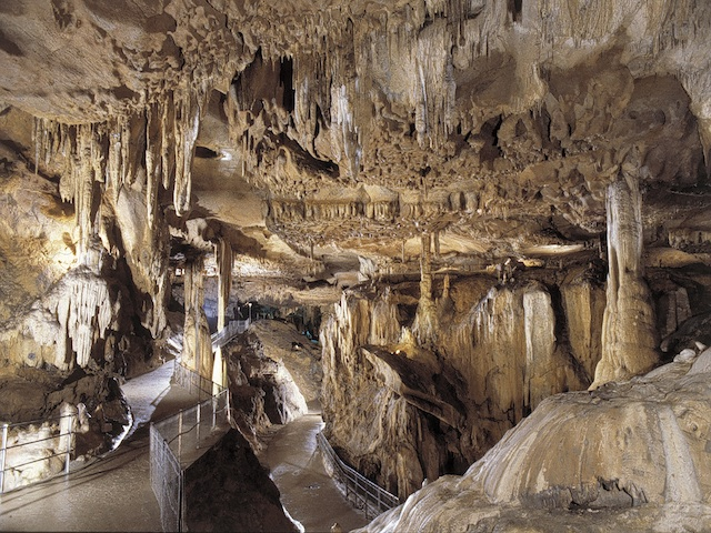 Grottes de B&#xE9;tharram 2