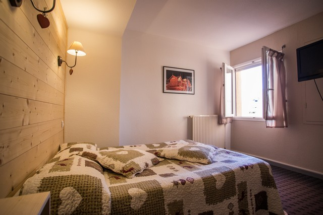 HOTEL ASTERIDES-SACCA