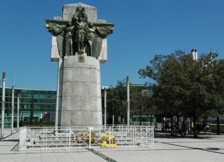 Lourdes Monument aux Morts