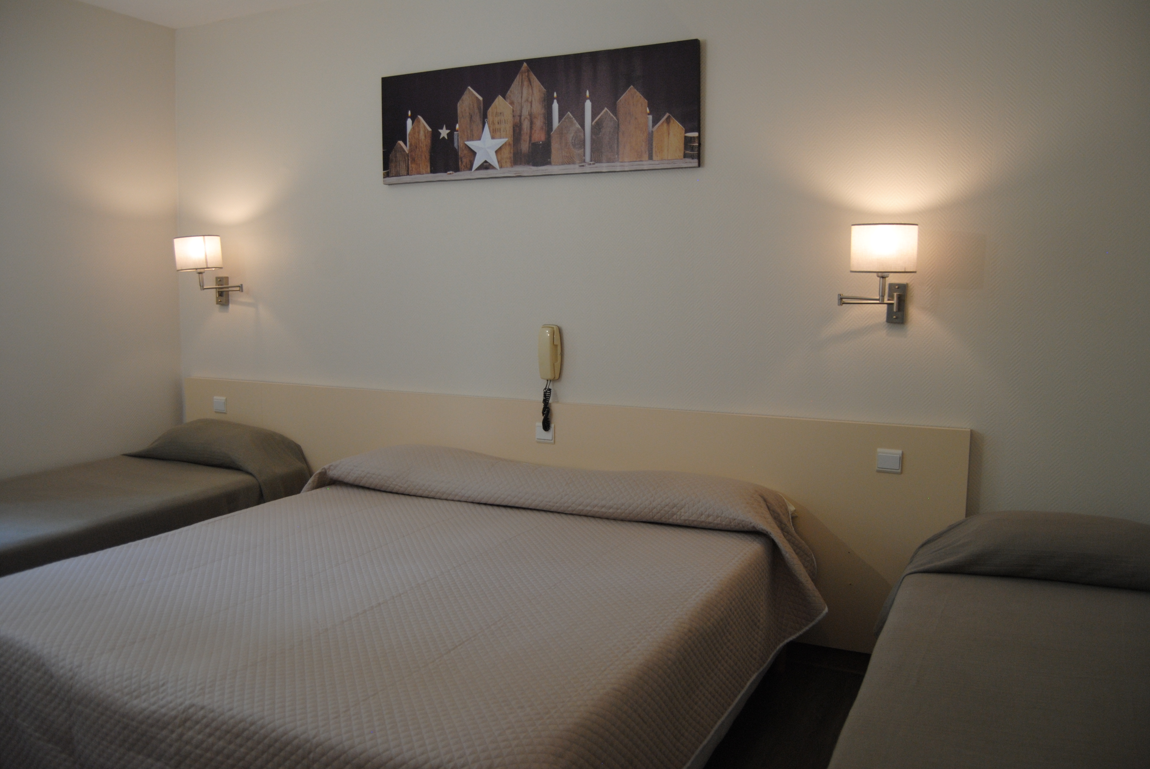 Lourdes hotel Acropolis (8)