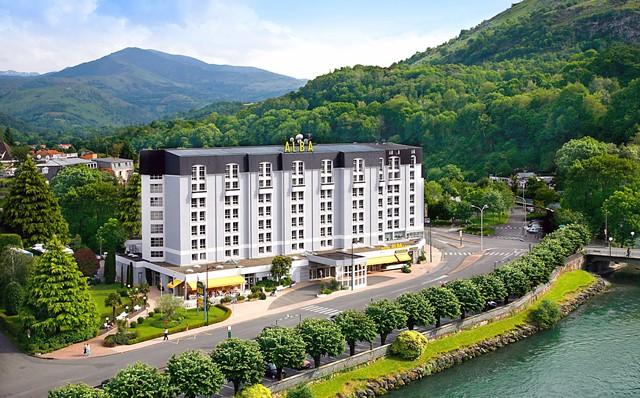 Lourdes hotel Alba pyrenees