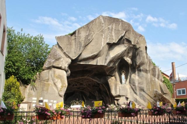 Lourdes médiathèque conférence appel d'air répliques de la grotte juin 2019