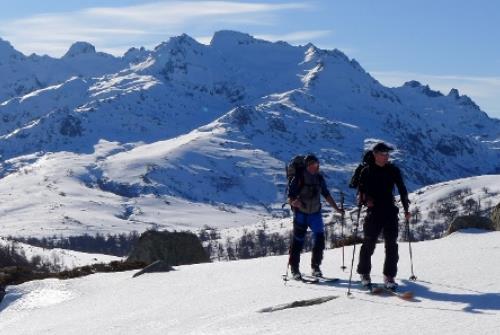 Ski de randonnée 1 BUREAU DES GUIDES WEB