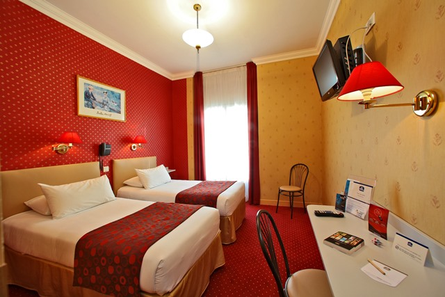 hotel-bestwestern-beausejour-lourdes-chambre-confort-twin-rouge
